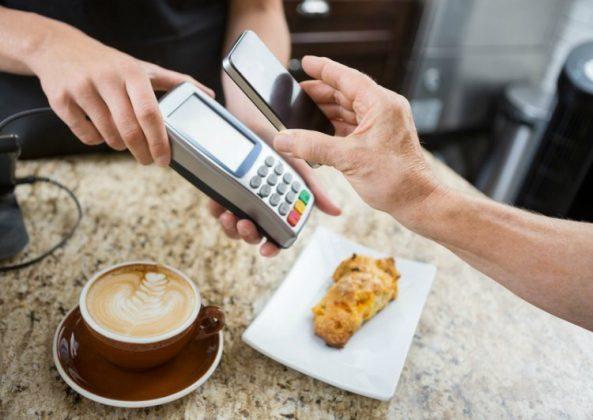 ¡Paga con tu móvil de forma muy simple!