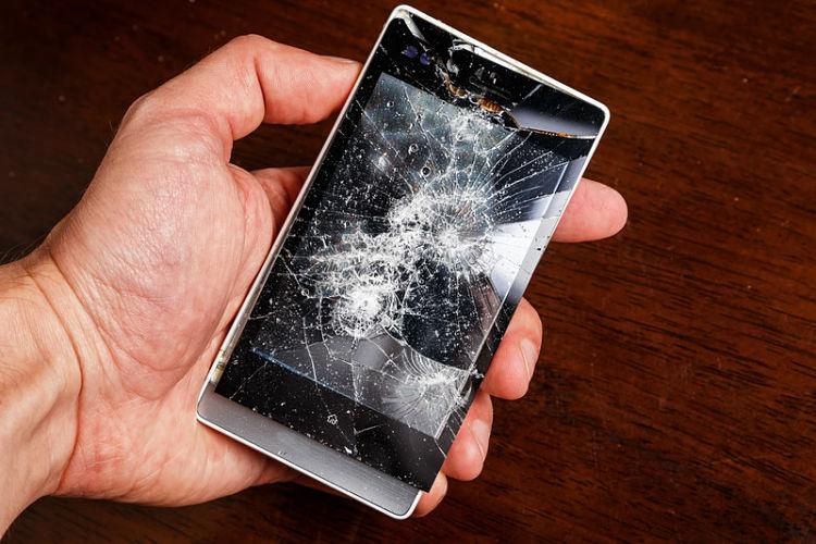 pantalla móvil roto