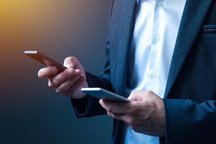 ¿Teléfono nuevo? Aprende a traspasar datos de un móvil a otro