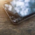 Trucos para arreglar la pantalla rayada de tu móvil